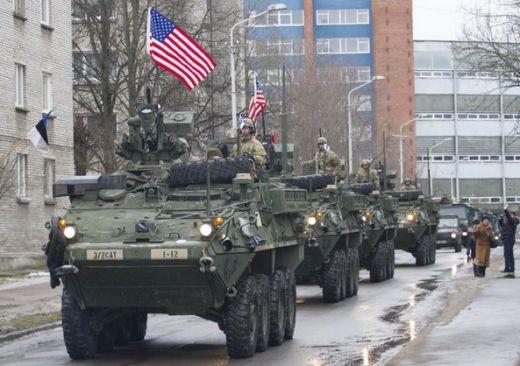 Американски БТР-и на 300 метра от руската граница