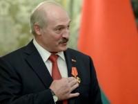 """Путин връчи на Лукашенко орден """"Александър Невски"""""""