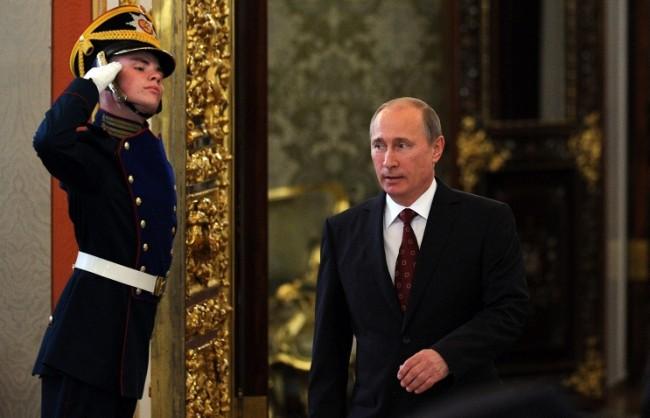 Рейтингът на Путин удари нов рекорд