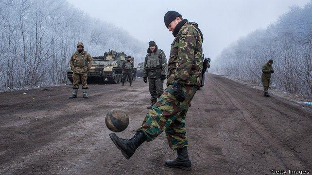 Der Spiegel: Ястребите в САЩ и НАТО искат да провалят мира в Украйна
