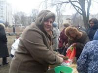 Жителите на Донбас разпродават личните си вещи, за да купят храна