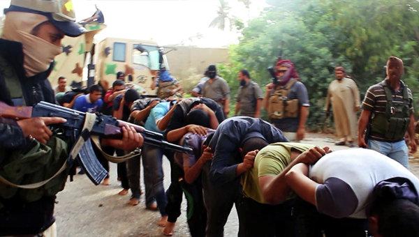 """САЩ """"тайно подхранват"""" терористите от """"Ислямска държава"""""""