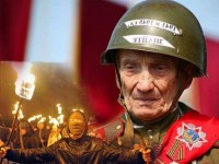 """Десен сектор"" заплашва ветераните в Киев"