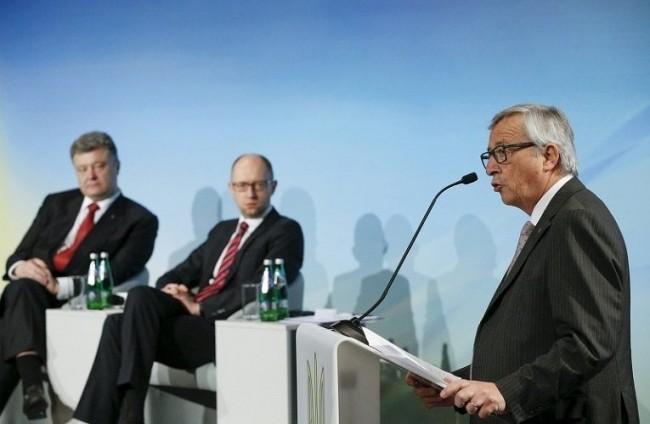 Юнкер посъветвал Порошенко да избягва изявления за влизане на Украйна в НАТО