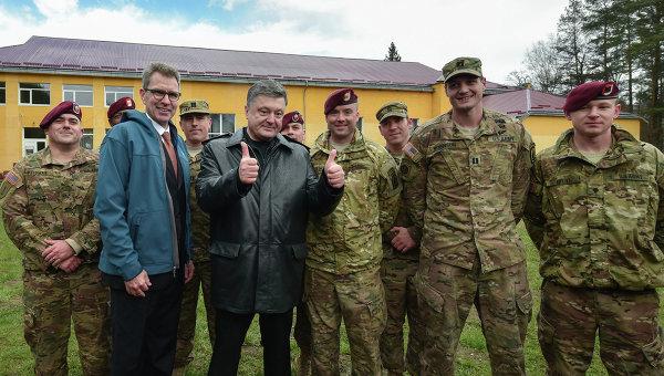 Американски инструктори в Украйна: Трябва да направим така, че украинските военни поне да приличат на войници