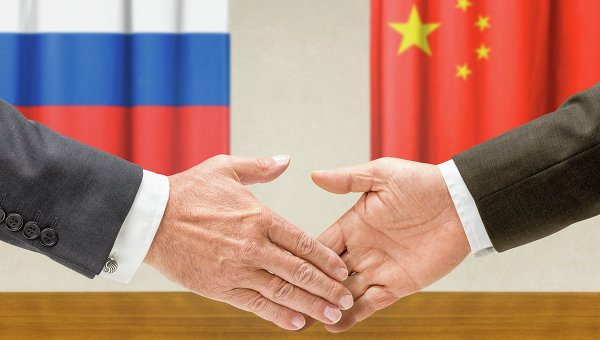 Китай еднакво е заинтересован в отношенията си с Русия и САЩ