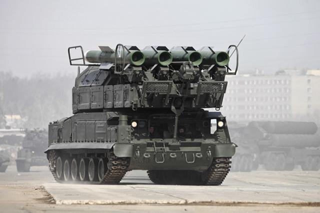 В централна Русия започна внезапна проверка на бойната готовност на авиацията и войските за ПВО
