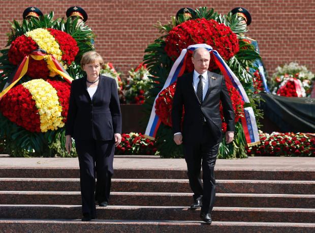 Политолог от САЩ: Западът е напипал компромиса с Русия