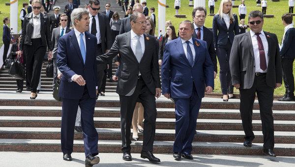 """Визитата на Кери в Русия е победа на руската дипломация, пише """"Файненшъл таймс"""""""