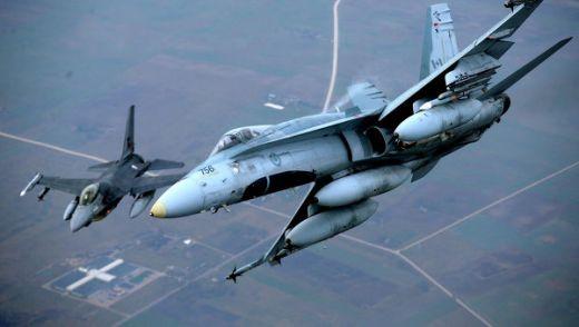 Изтребители на НАТО в небето на Литва.