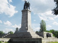 75% от софиянци искат паметникът на Съветската армия да остане