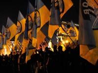 """""""Десен сектор"""" и """"Азов"""" заплашват да свалят украинското правителство"""