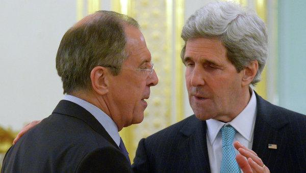 Лавров и Кери обсъдиха ситуацията в Украйна