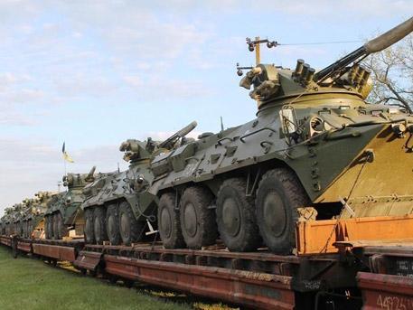Новите украински БТР-и се разпадат по пътя към фронта