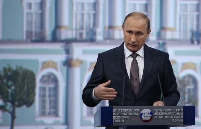 Путин: На външните ограничения Русия отговаря не със затваряне на икономиката, а с по-голяма откритост