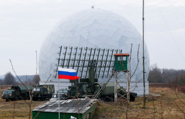 """В Русия създават система, способна да """"изключва"""" чужди военни спътници"""