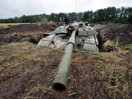 Ожесточен танков обстрел в Широкино: десетки са ранени