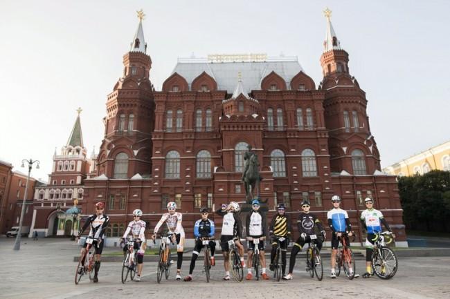Най-дългата велосипедна обиколка в света тръгна от Москва