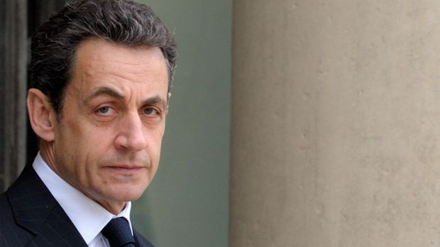 """Саркози иска да предложи на Путин присъединяване към международната коалиция за борба с """"Ислямска държава"""""""