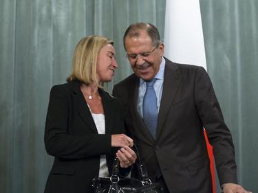 Могерини: Възможно е Русия да си върне позициите в международната общност