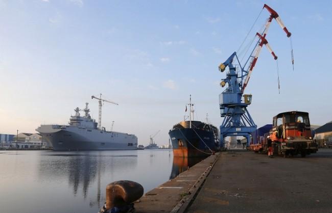 """Експерт: Индия, Бразилия или Виетнам могат да купят предназначените за Русия кораби """"Мистрал"""""""