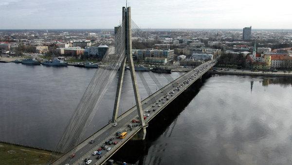 Латвия опроверга слуховете за планове да строи стена с Русия
