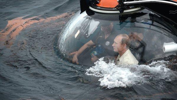 Путин се спусна с батискаф на дъното на Черно море в близост до Севастопол