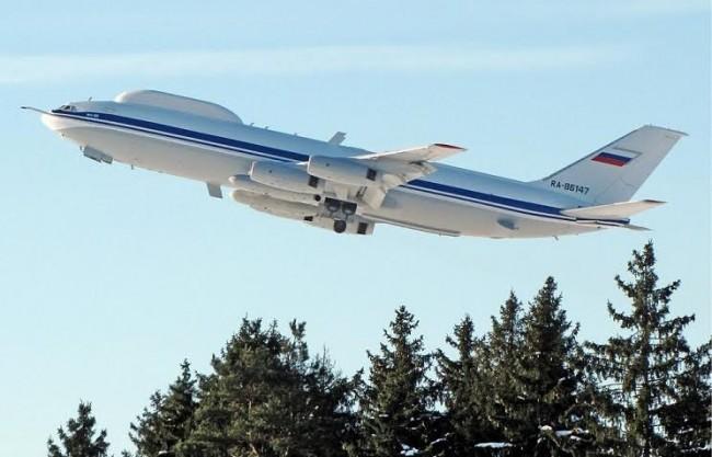 """В Русия се разработва трето поколение """"самолети на Страшния съд"""""""