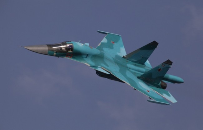 Над 300 пилота провеждат учения по отработване на бомбардировки и избягване на средства за ПРО в Южна Русия