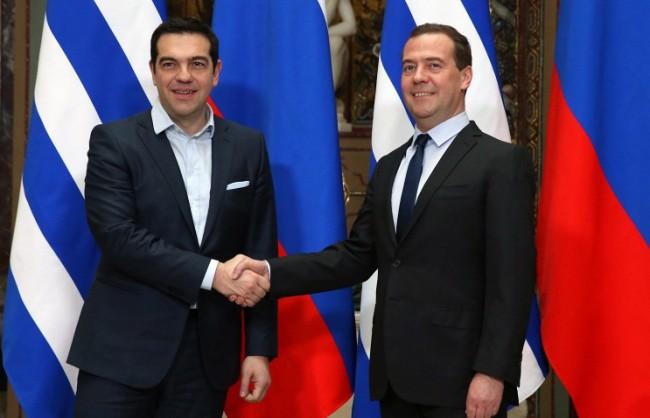 Медведев и Ципрас обсъдиха икономическото сътрудничество между Русия и Гърция