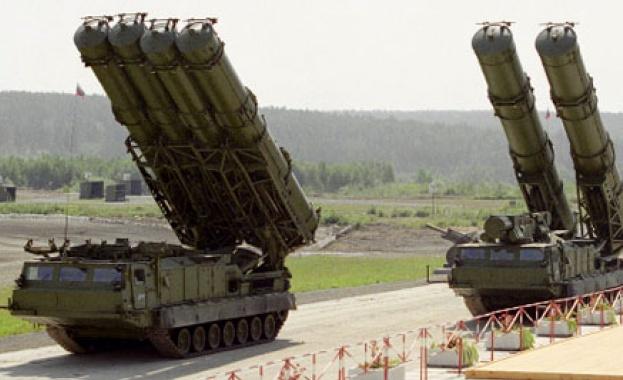 Иран подписва с Русия за доставката на С-300 до края на август