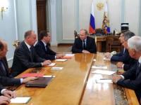 Путин се потапя в Черно море
