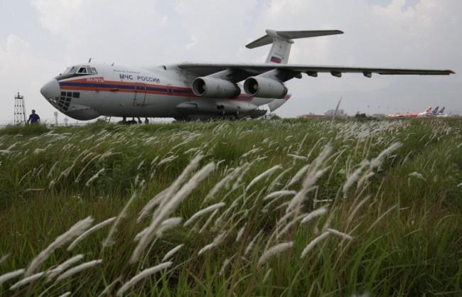 България забрани полетите на руските самолети с хуманитарна помощ за Сирия от 1 до 24 септември