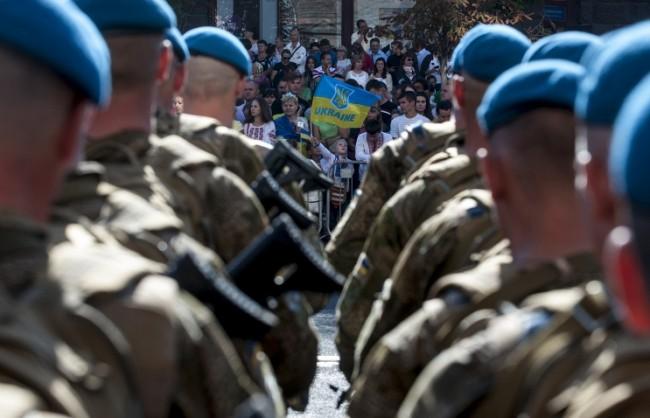 """Карасин: Киев трябва да се занимава не със санкции, а с изпълняването на """"Минск-2"""""""