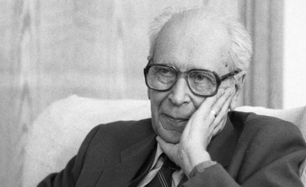 На 30 септември 1999 г. умира известният руски учен и голям приятел на България Д. С. Лихачов.