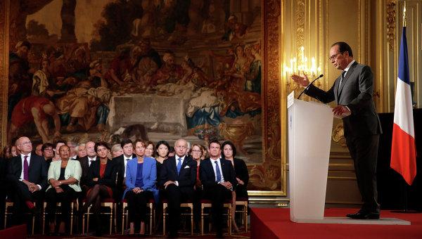 """Оланд ще се застъпи за отмяната на санкциите срещу Русия при изпълняването на """"Минск-2"""""""
