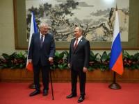 Чешкият президент отказа преводач и говори с Путин на руски в Пекин