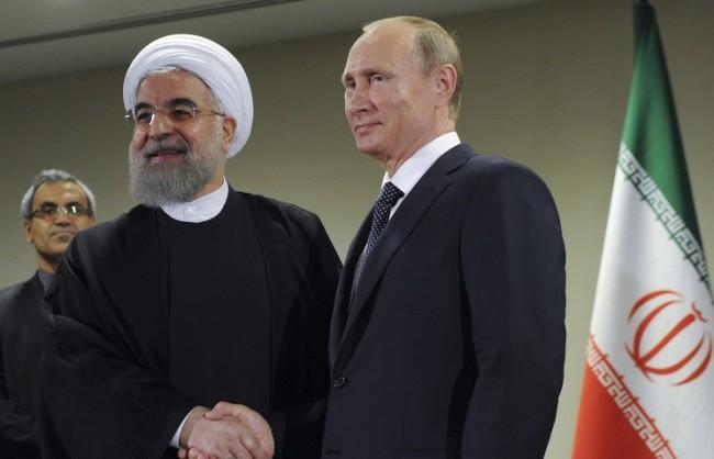 """Путин: Русия е """"изключително"""" удовлетворена от сътрудничеството си с Иран"""