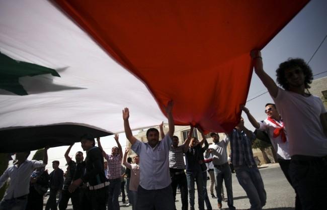 Песков: Москва не се занимава със смяна на режими и не води тайни преговори за Сирия