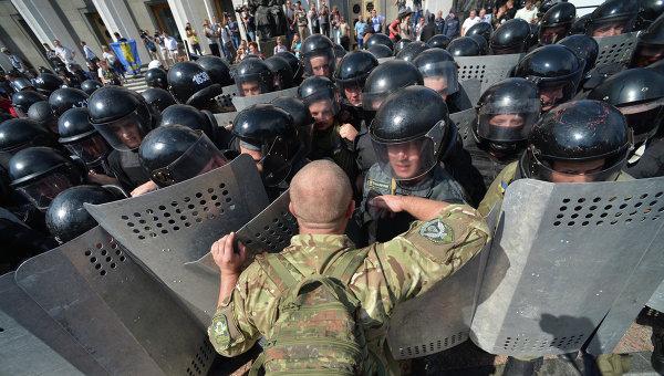 Bloomberg: Радикализмът – основната заплаха за Украйна