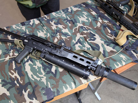 """От """"Бизон"""" към """"Витяз"""": Какво оръжие ползва СПЕЦНАЗ срещу бандитите"""