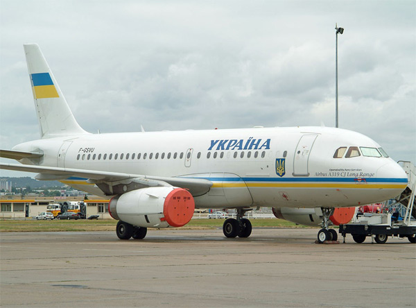 Русия спира полети на украински авиалинии