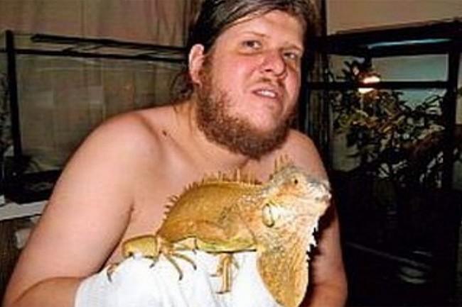 """Бог Кузя"" бе арестуван с $4 млн. и жив крокодил в Русия"