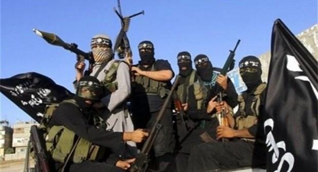 Репортер си купи сирийски документи, с които Ислямска Държава прониква в Европа (видео)