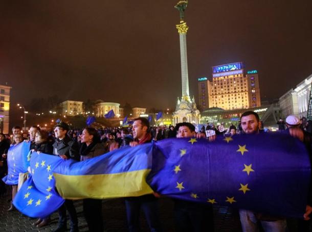 Украйна въведе санкции срещу западни журналисти и блогъри