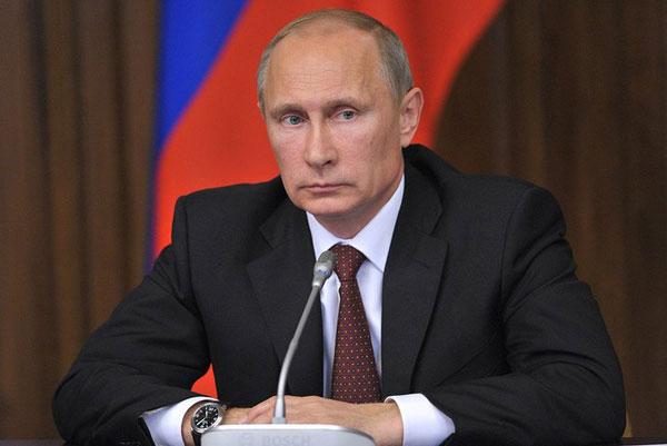 Клод Гоасген: На Франция й трябва такъв политик като Путин