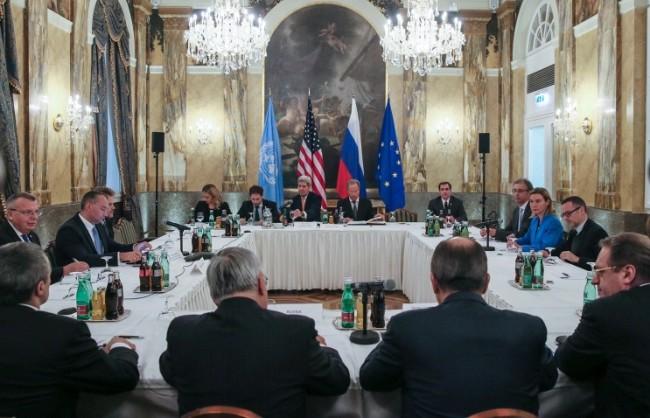 Лавров пристига днес във Виена за участие в преговорите за Сирия