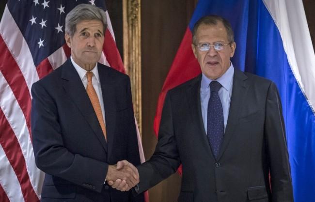 Лавров и Кери обсъдиха по телефона политическото регулиране на ситуацията в Сирия с участието на опозицията