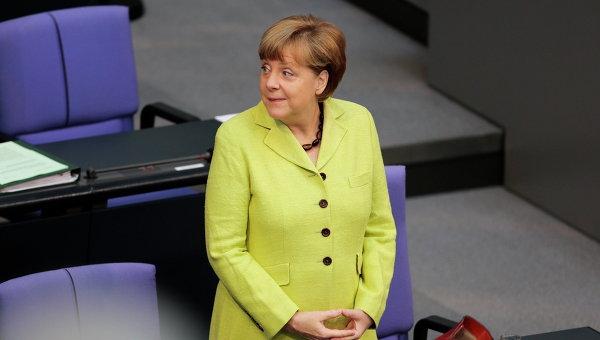 Меркел: Ние искаме Украйна да има добри икономически отношения с ЕС, Германия и Русия
