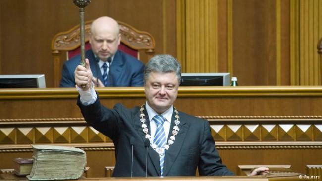 Дмитрий Полонски: Властите на Украйна сами да си напечатат един трилион гривни и да си купят с тях бонбони